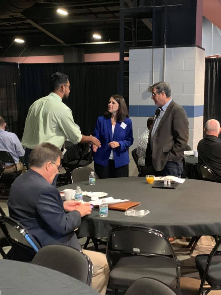 Boeing representatives meet local Kentucky business owners